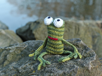 Guido slip stitch crochet frog
