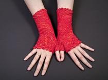 Orangenhaut slip stitch crochet fingerless gloves
